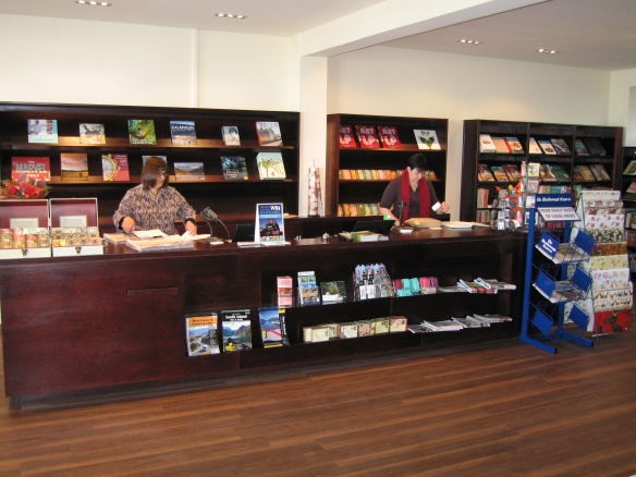 Blenheim-Bookworld-renovation-counter