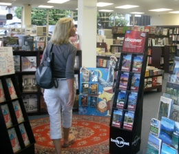 2-12 Booklover shopper