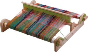 loom_hand_weaving