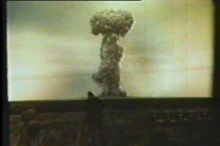 nuclear_bombs_au