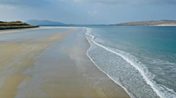 Peter May_luskentyre beach