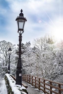 snowy-street-lamp-1474559946d34